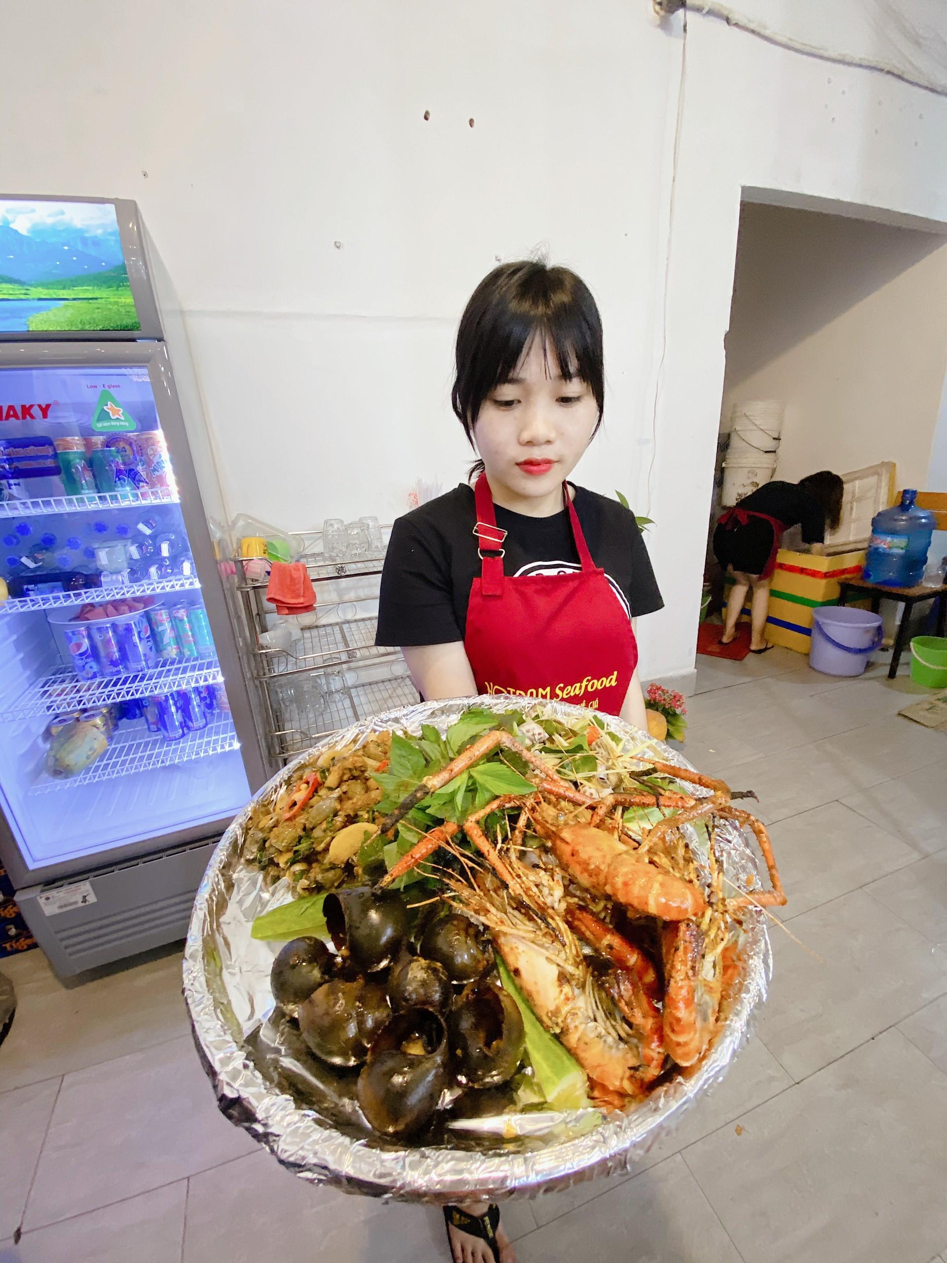 quán ăn hải sản phục vụ tốt nhất ở hồ tràm
