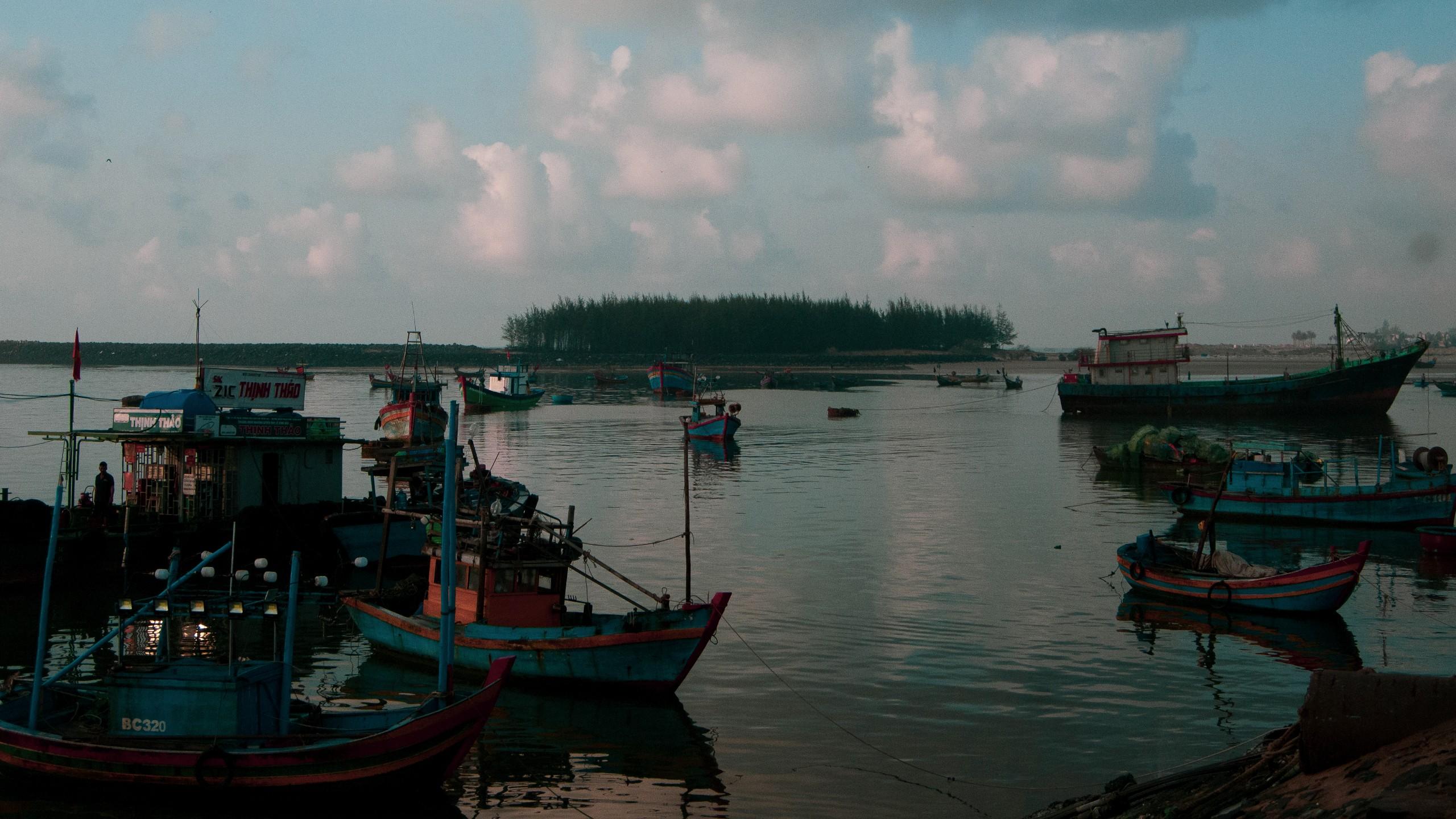 bến thuyền cảng cá Bình Châu