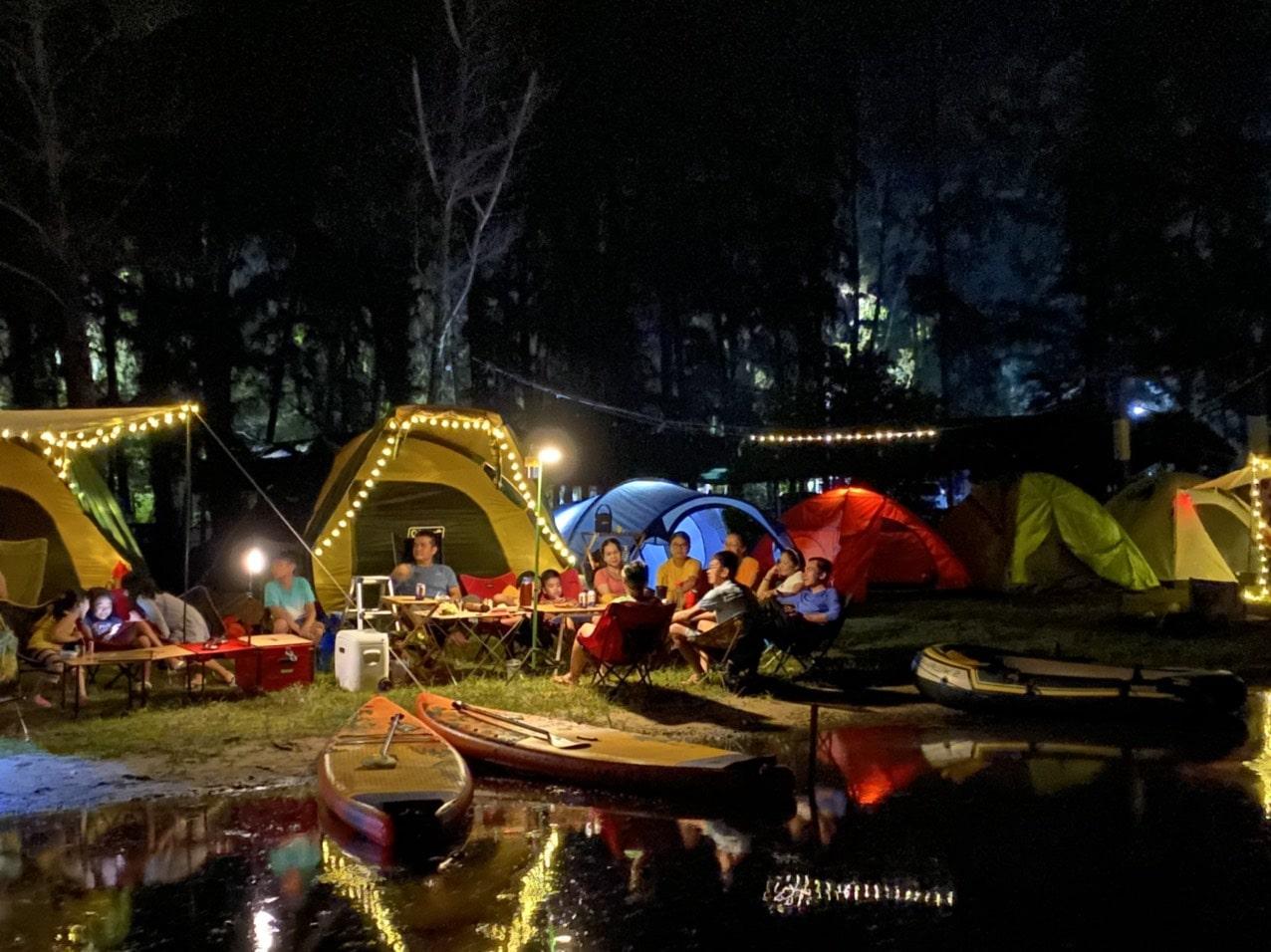 cắm trại ở Hồ Cốc