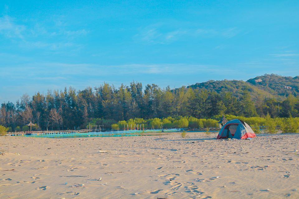 camping rừng và biển hồ cốc